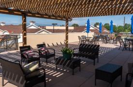 Alta Vita Assisted Living Exterior Sitting Area